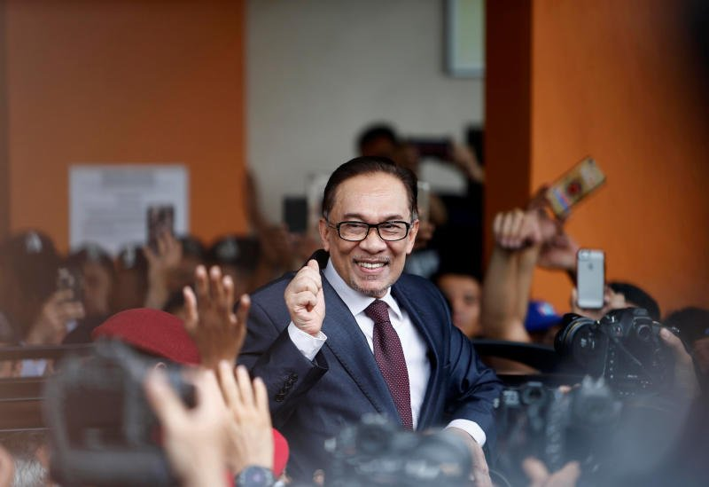 Anwar Ibrahim after being released from prison today, 16 May.