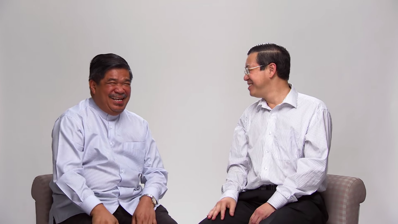 Mat Sabu and Lim Guan Eng sharing a happy moment in a video that was published on YouTube in 2013 as they reminisced their time together when they were detained under ISA.