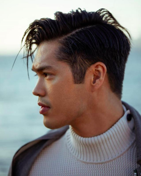Omg Zach From 13 Reasons Why Aka Ross Butler Is Half