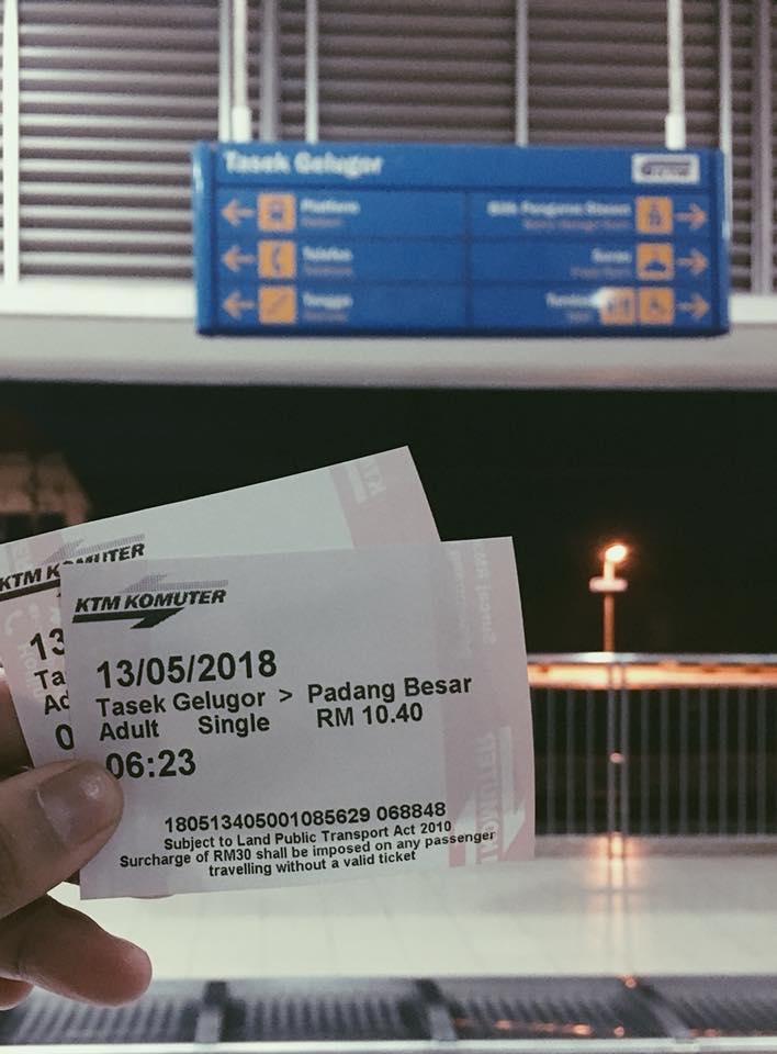 Naik train ke Padang Besar pada jam 6.48 am.