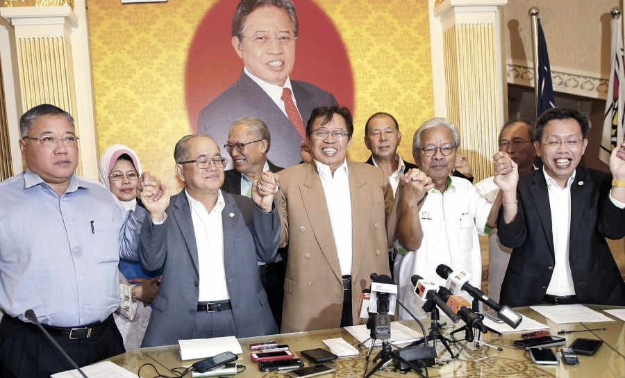 Sarawak parties left BN to form their own state coalition.