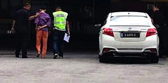 The suspect was brought to the morgue in Hospital Kuala Lumpur for blood and urine drug tests.
