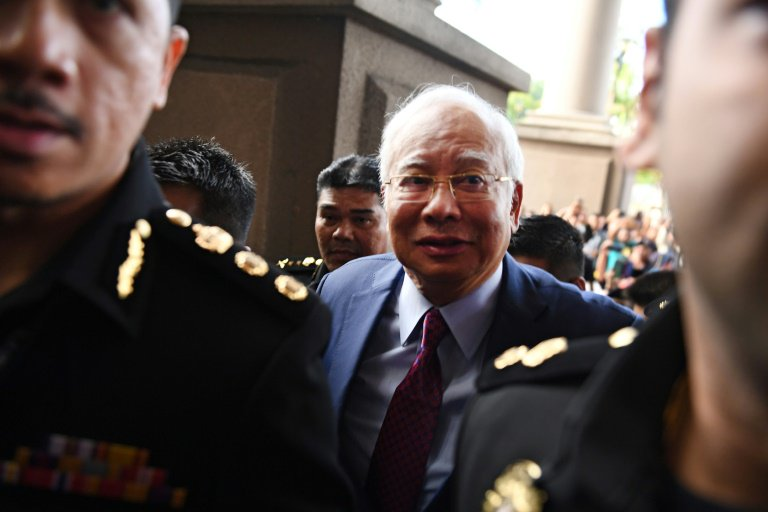 Najib arrived at the Sessions Court earlier today.