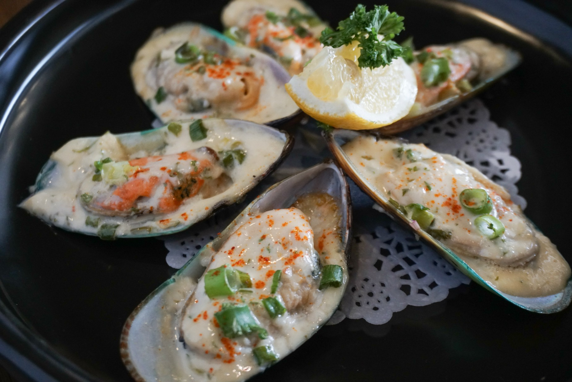 Grilled NZ Mussels