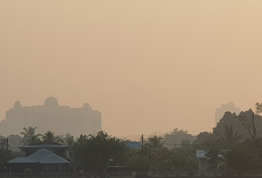 Kuching shrouded in haze on the morning of 15 August.