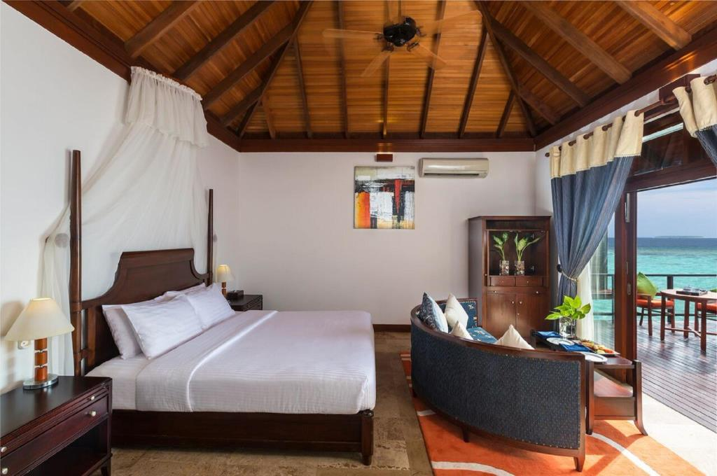 Image from Olhuveli Beach & Spa Resort