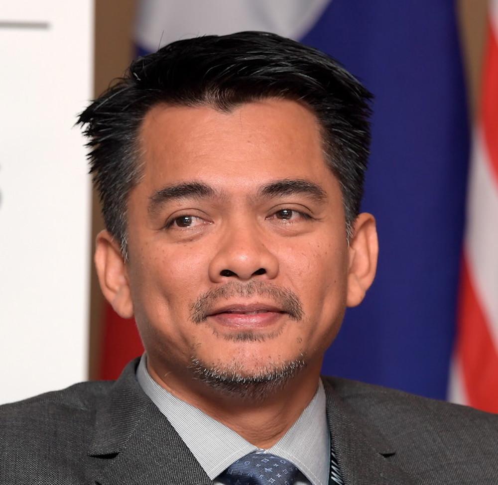 Deputy Home Minister Datuk Azis Jamman.