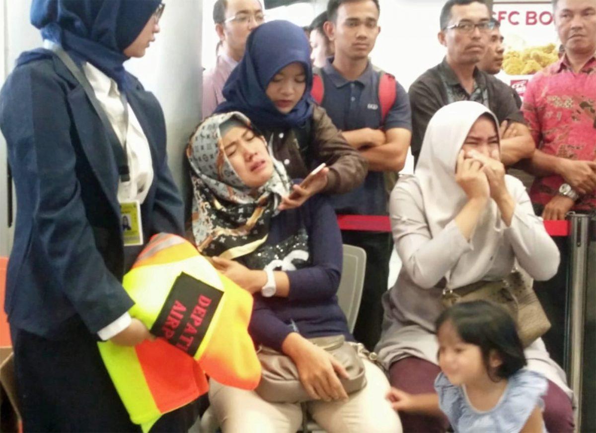 Reaksi keluarga penumpang Pesawat Lion Air JT-610.