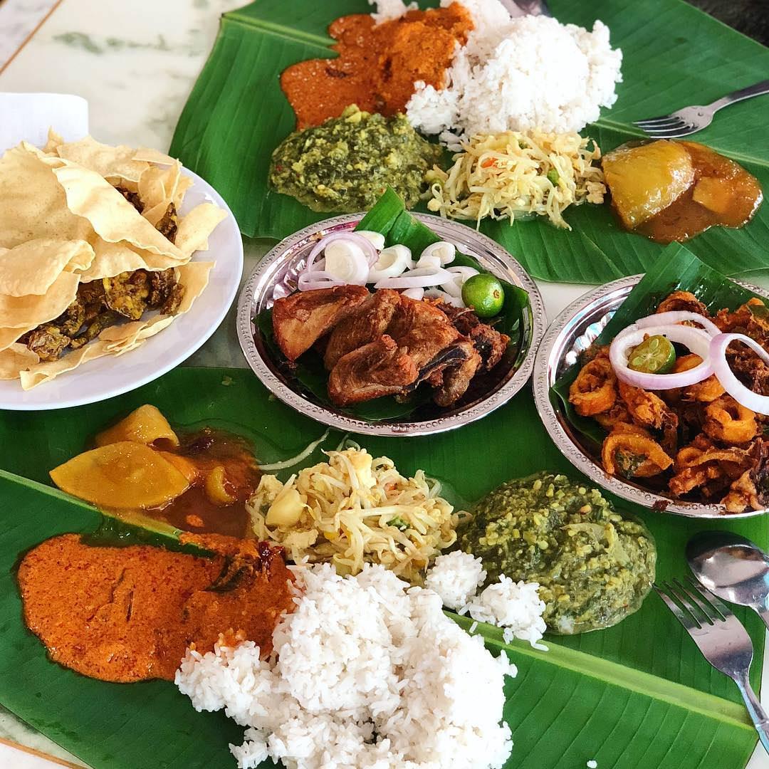 Devi's Corner Bangsar Banana Leaf Rice