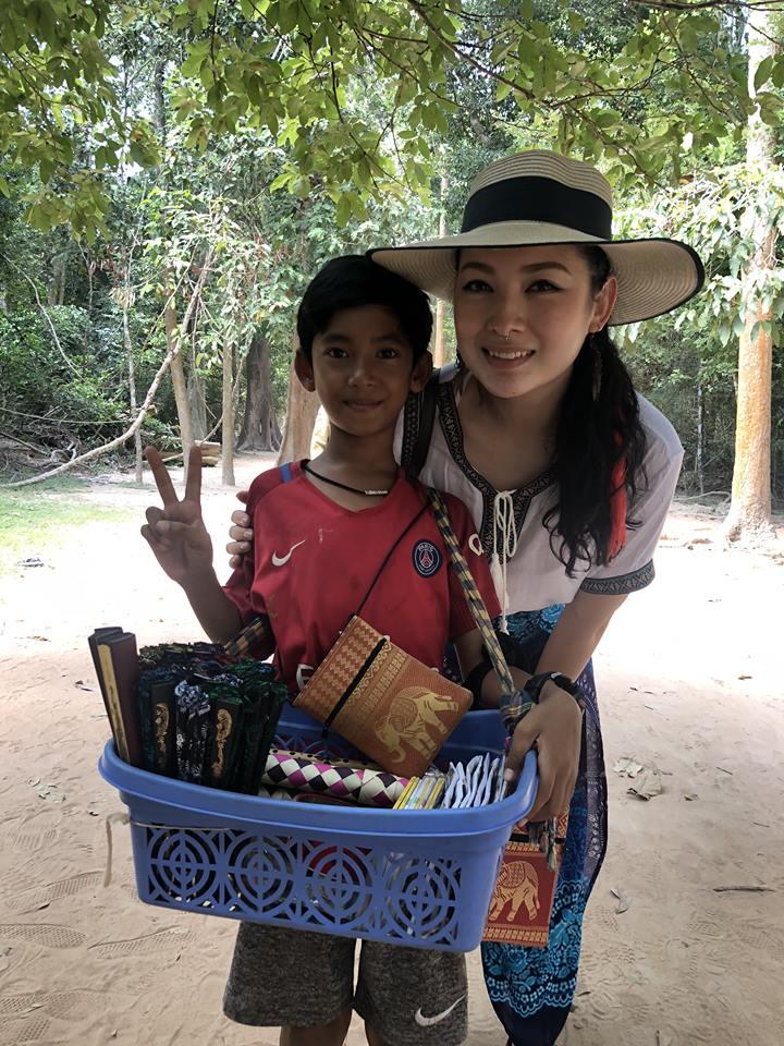 Thaksin (left) and Venus.