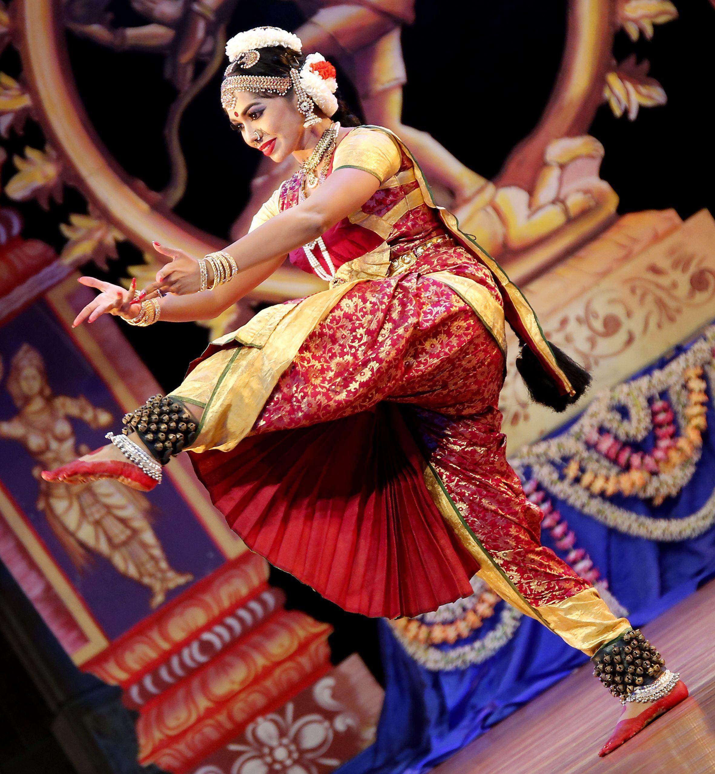 kamini manikam indian traditional dance