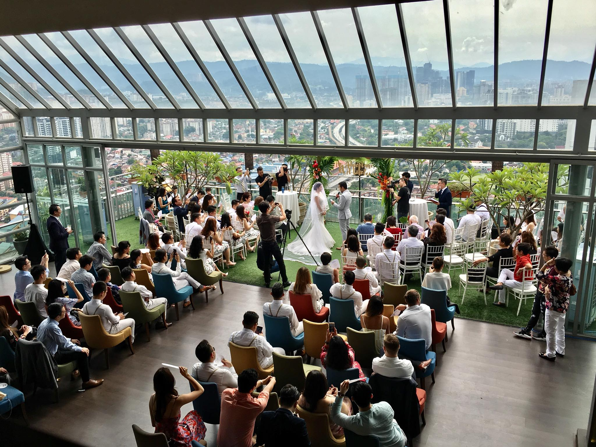 Image from Roofino Skydining and Bar