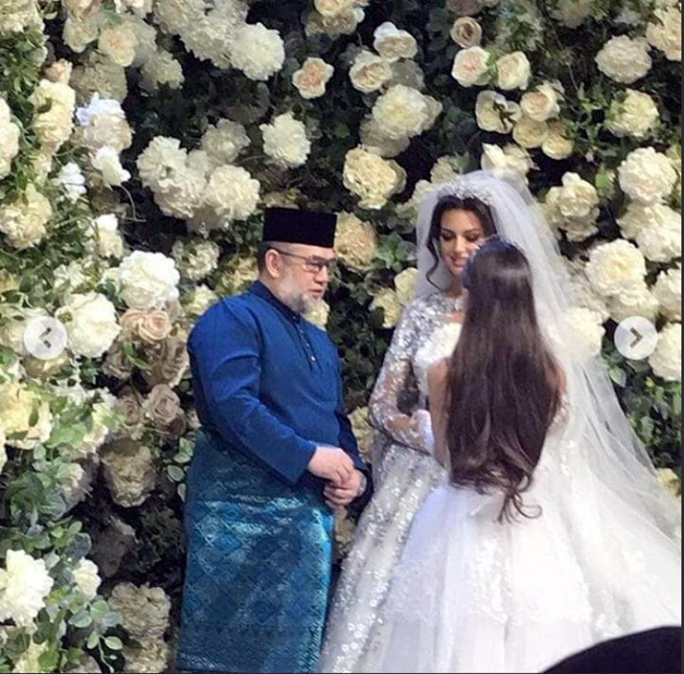 Image result for IMAGES OF AGONG WEDDING