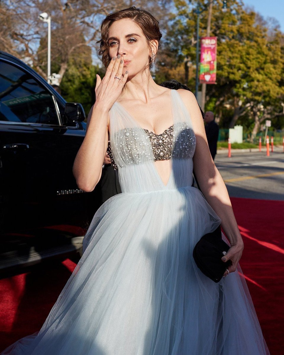 Alison Brie on the red carpet at the 76th Golden Globe Awards.