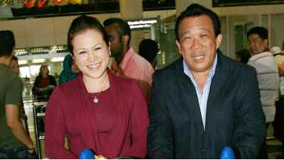 Bung Mokhtar (right)