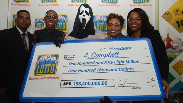 Man disguises himself in 'Scream' mask to accept $158.4 million lotto check