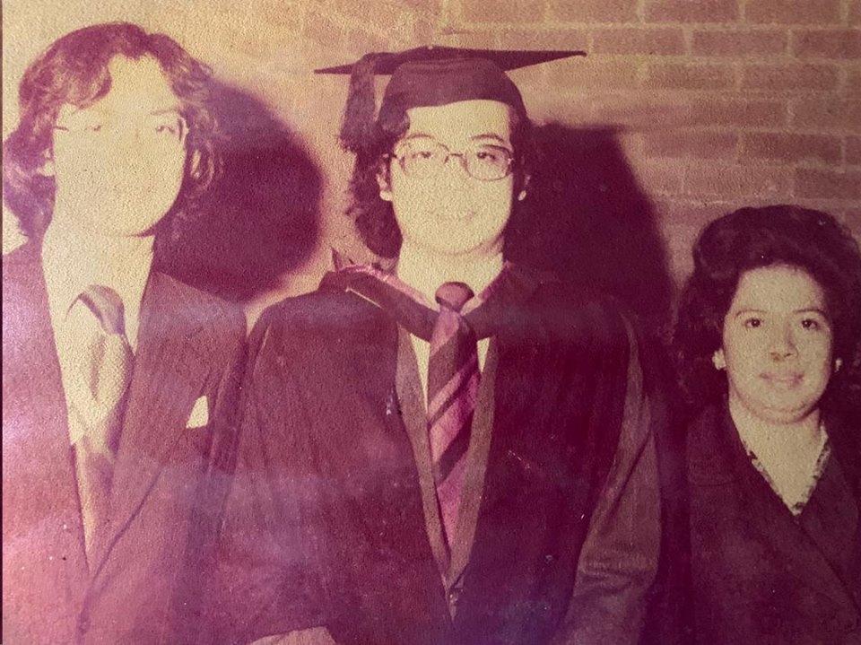 (From left) Johari Razak, Najib, and their mother Tun Rahah Mohamed Noah.