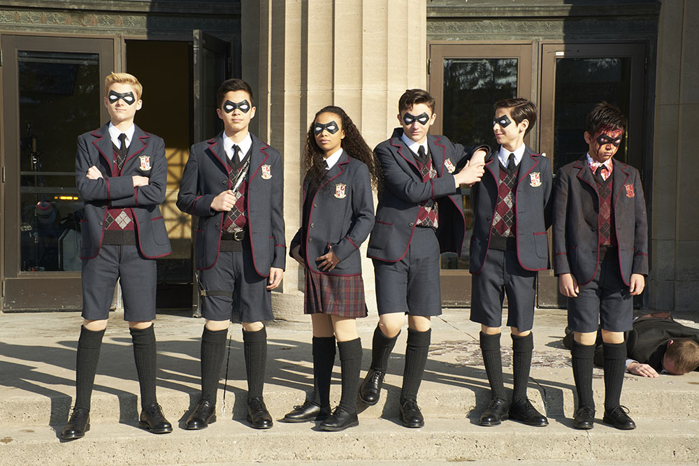 Netflix Throws 'Umbrella Academy'-Themed Wedding for Fans