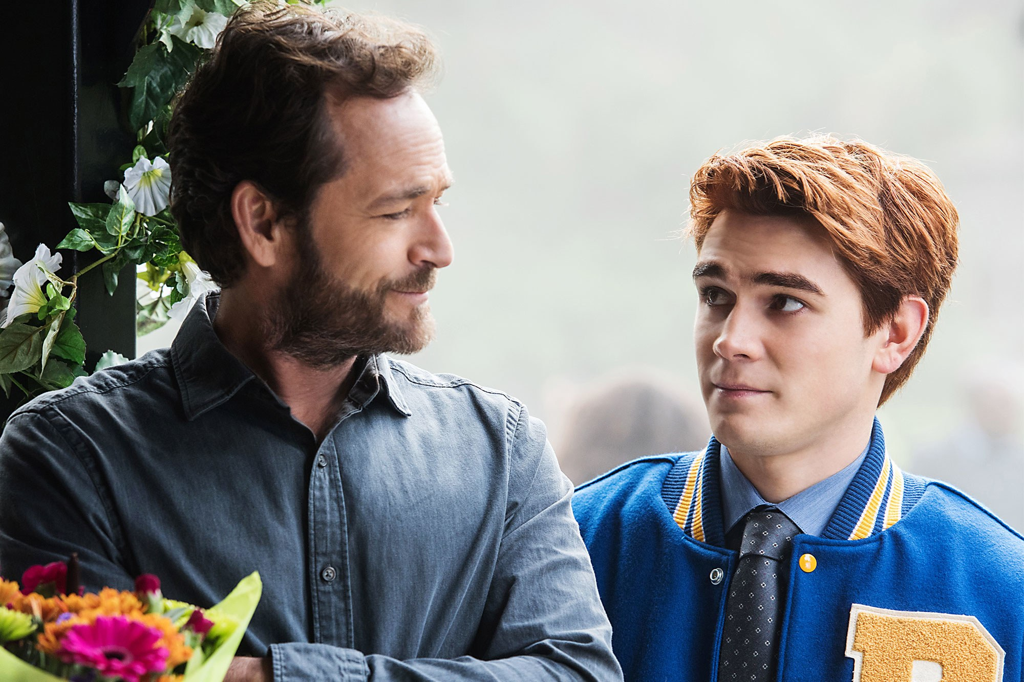 Luke Perry as Fred Andrews (left) with KJ Apa as Archie.