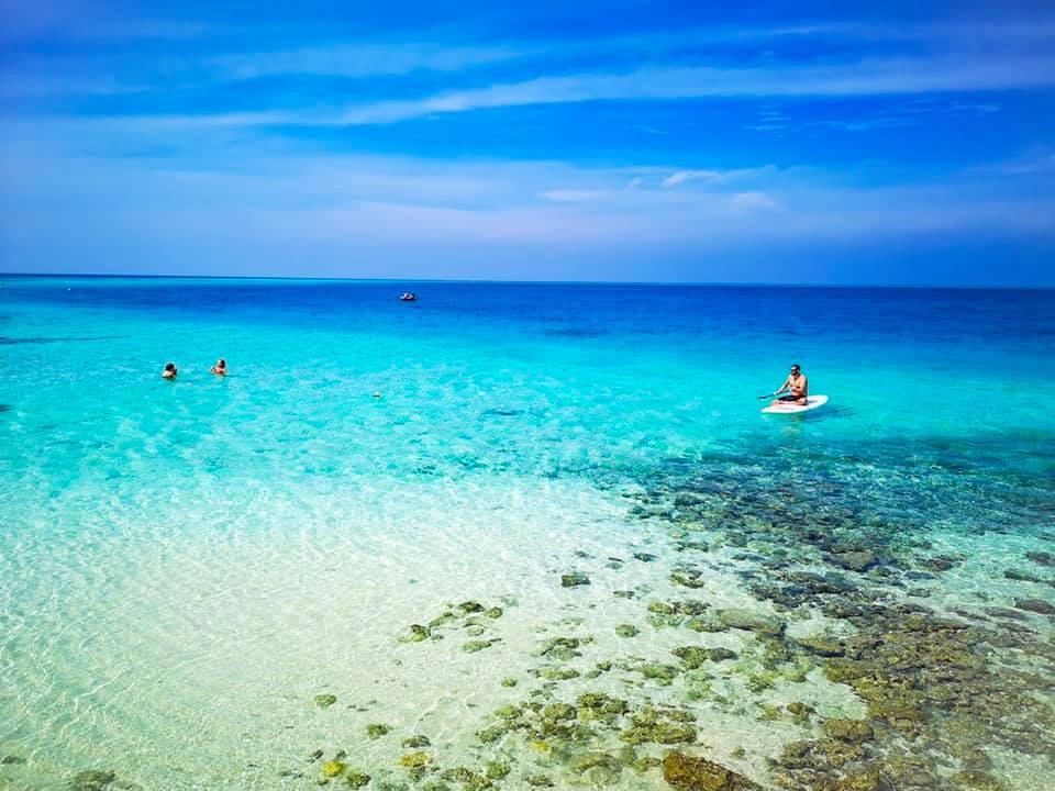 Pantai Centara Rash Fushi