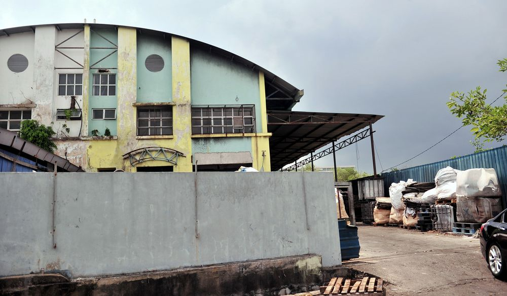 One of the factories that was responsible for the illegal dumping of chemical waste into Sungai Kim Kim.