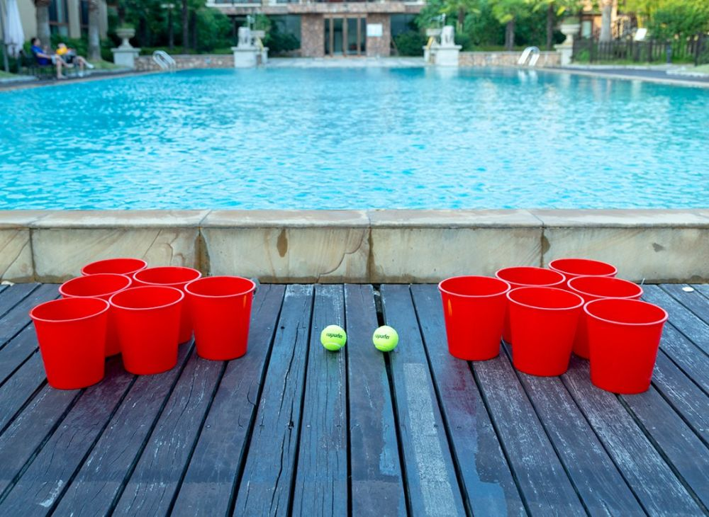 giant water pong