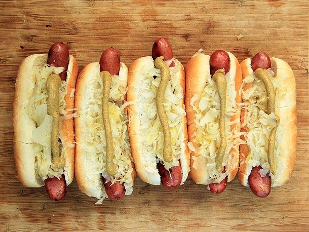 Sauerkraut hotdog probiotics