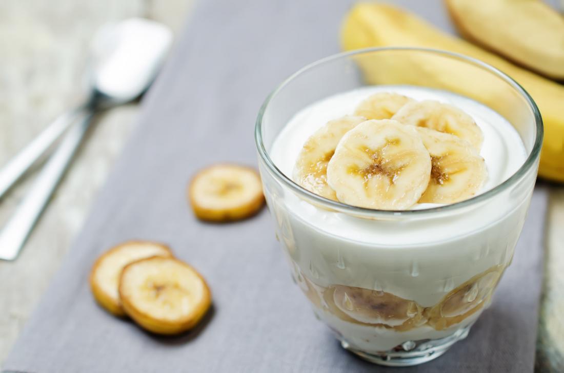 Yoghurt with banana probiotics