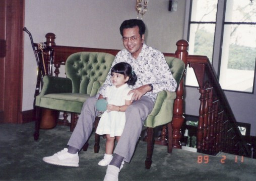 Mahathir Mohammad with his two-year-old granddaughter Ineza Roussille in 1989.