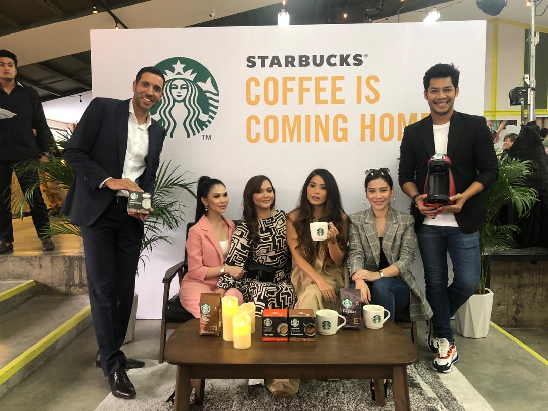 From left to right: Nestle's Business Executive Officer Othman Chraibi, Anzalna Nasir, YiuLin (Shoes Shoes Shoes), Kamal Adli, Farah Nabilah, Azira (DeFam).