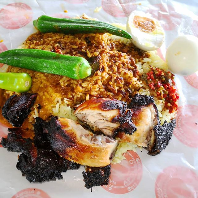 Image via Instagram @waronghunter Nasi Kandar Melayu Apollo, Bangi