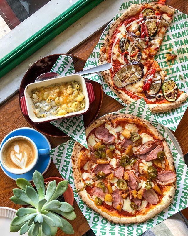 Image via Instagram @foodnwander Pizza Mansion SS17, PJ