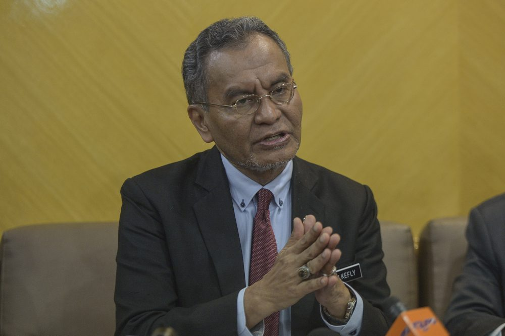 Health Minister Datuk Seri Dzulkefly Ahmad speaking during a press conference in Putrajaya on 8 November.