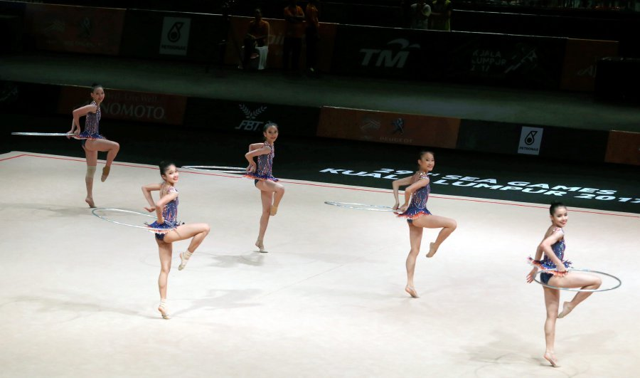 In the 2017 Sea Games, the national women's rhythmic gymnasts made a clean sweep by winning eight gold medals.