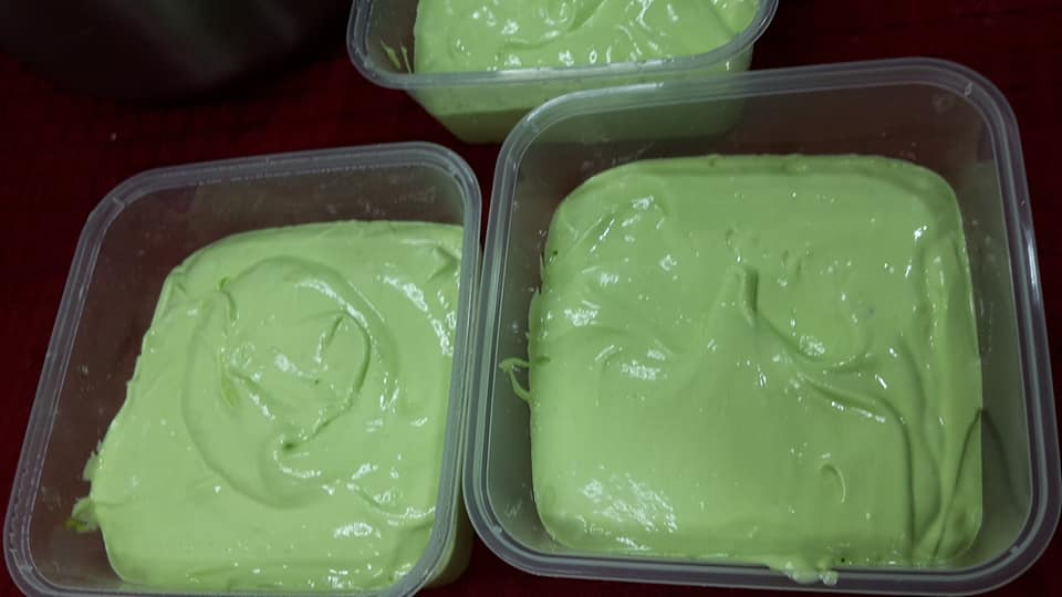 Image via Facebook Ariana Sofia Ahmad Resepi Kek Kukus Pandan Cheese Leleh