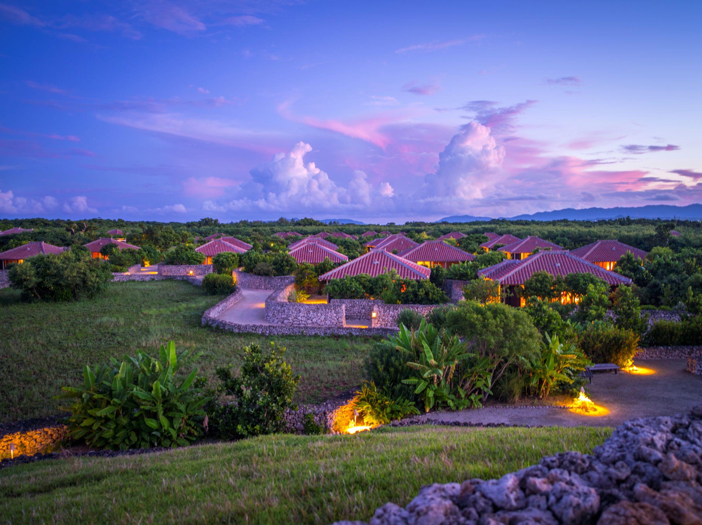 Enjoy 5-star resorts in Okinawa.