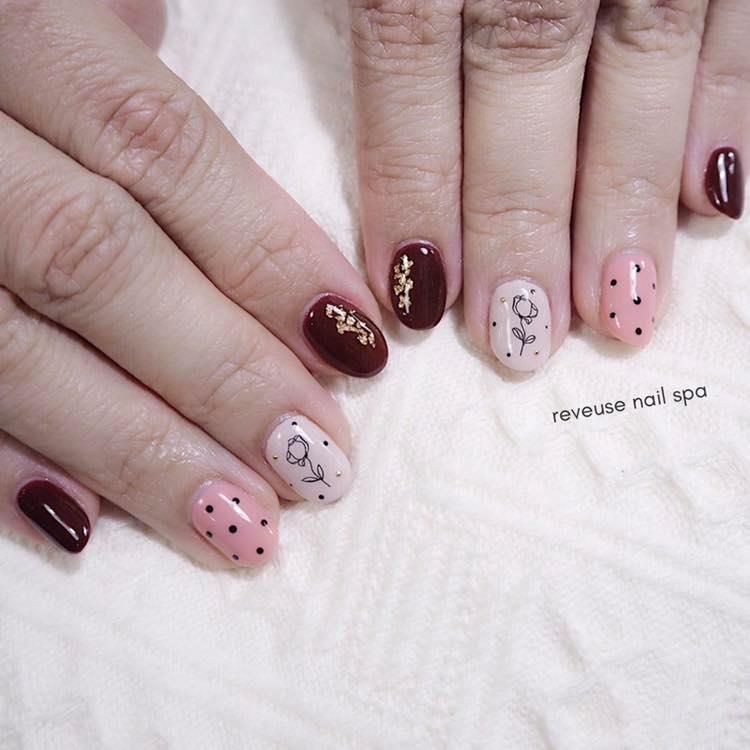 Image from Reveuse Nail Spa/Facebook