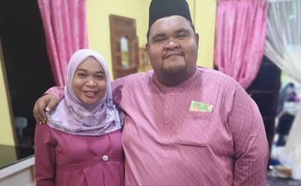 Arwah Abam Bocey dan isteri.