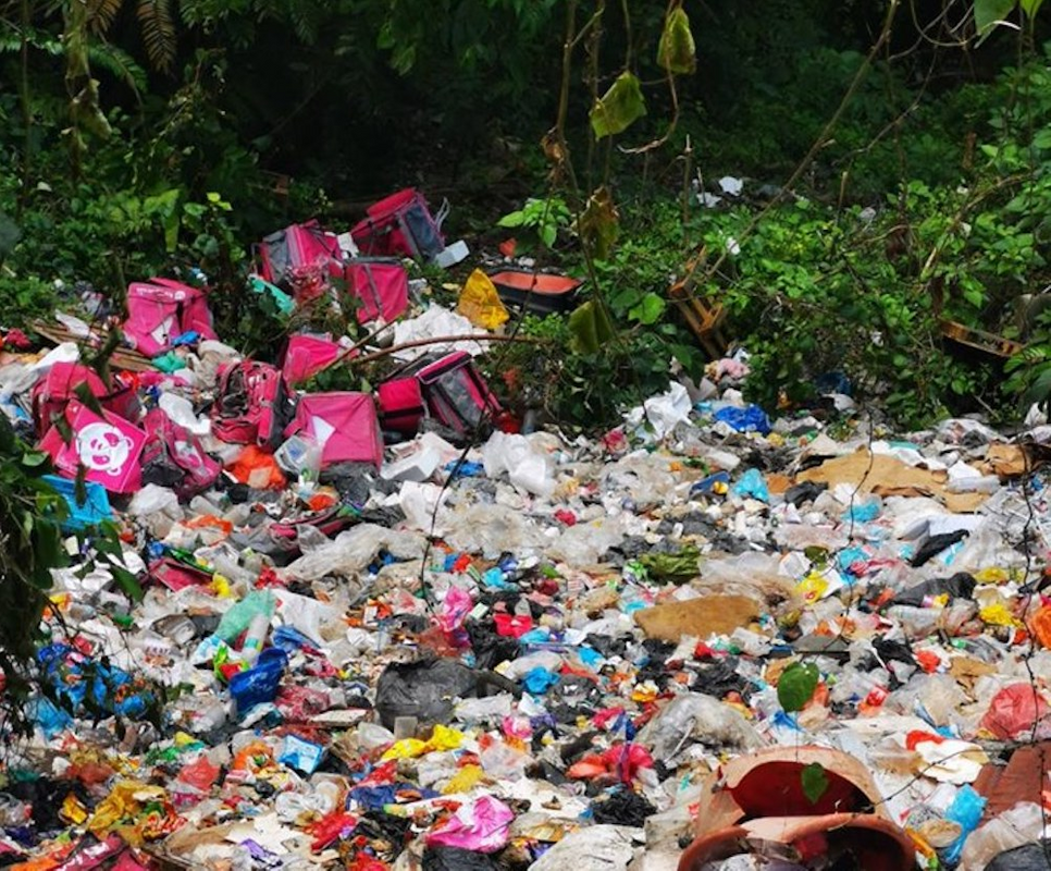 Facebook user Andy Hickson found an illegal dumpsite filled with food delivery trash in Gombak, Selangor last November.