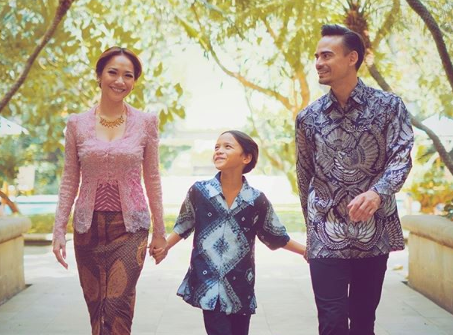 Ashraf with his wife Bunga and their nine-year-old son, Noah.