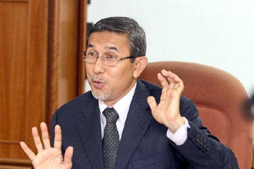 Deputy Speaker Mohd Rashid Hasnon.