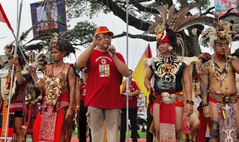 SAPA president Dominique Ng delivers a speech during the Sarawak Day celebrations 22 July 2019.