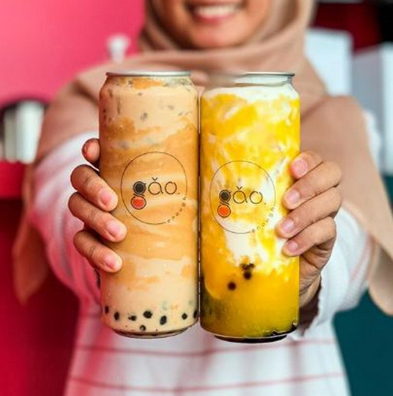 Earlier in July, Gao Enough Tea came out with 'Peanut Butter Milk Tea' (left) and 'Nangka Bang Milk' (right).