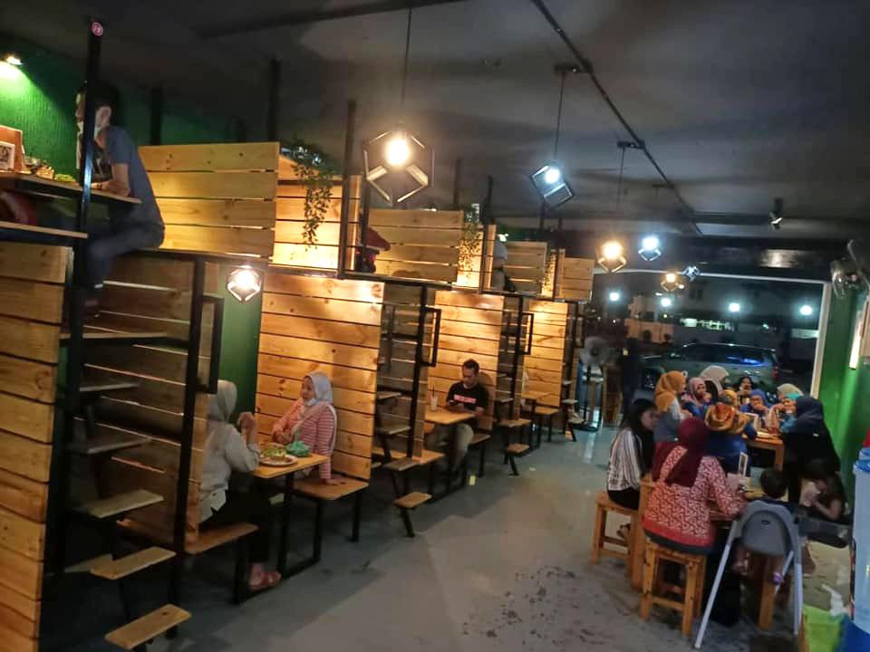Image from Cafe Takdak Nama (Facebook)