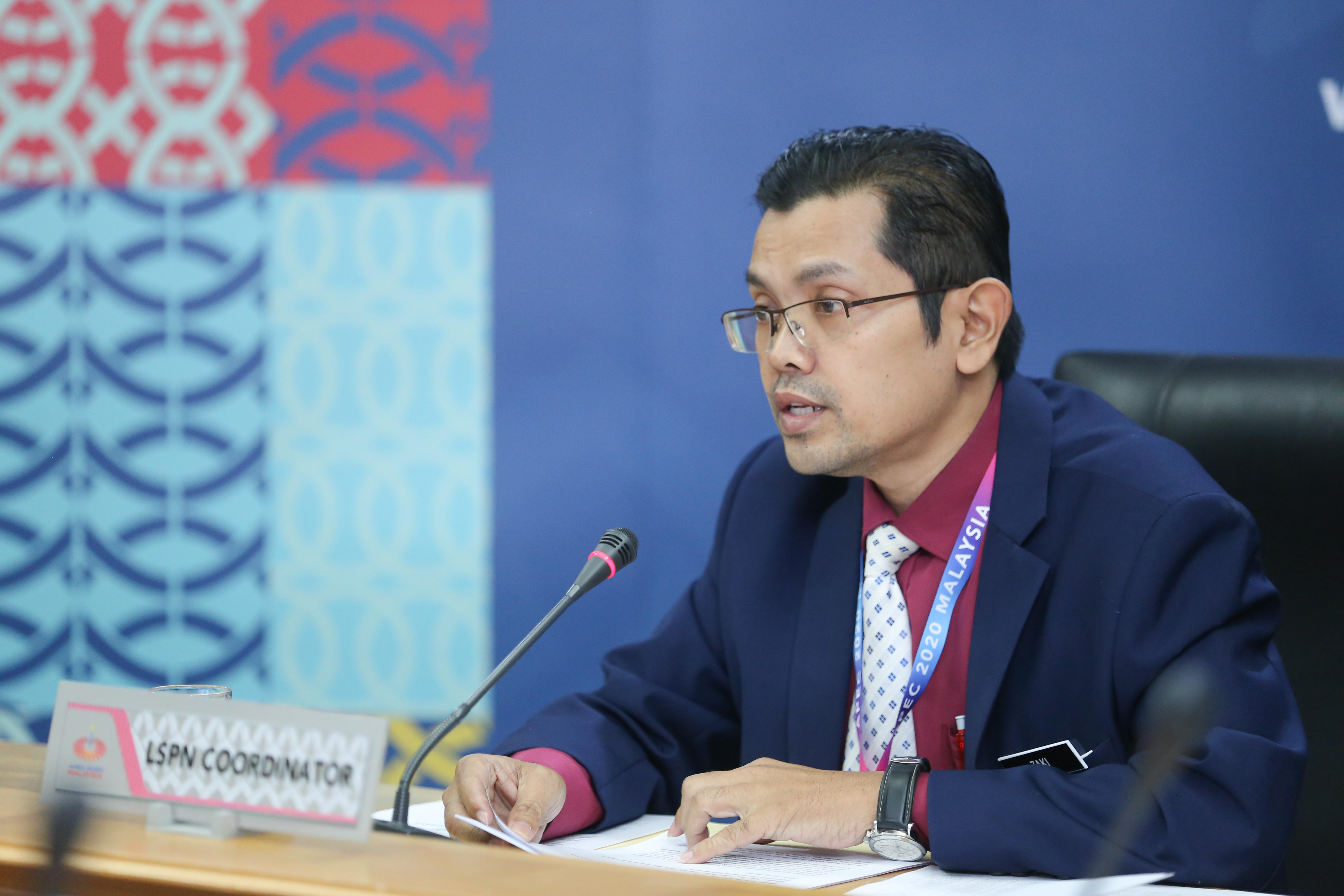 Setiausaha Bahagian Antarabangsa, Kementerian Sumber Manusia (KSM), Dr. Zaki Zakaria